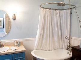 Текстильные шторы для ванной комнаты