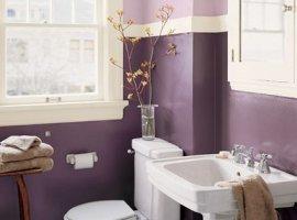 фиолетовый цвет в ванной комнате
