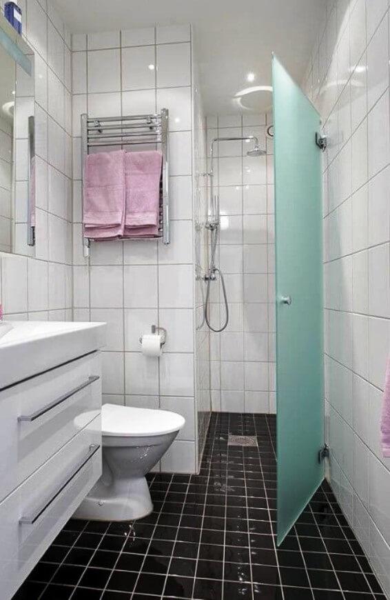Душевые кабины в ванной комнате фото