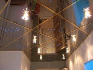 Фото - зеркальный потолок для ванной
