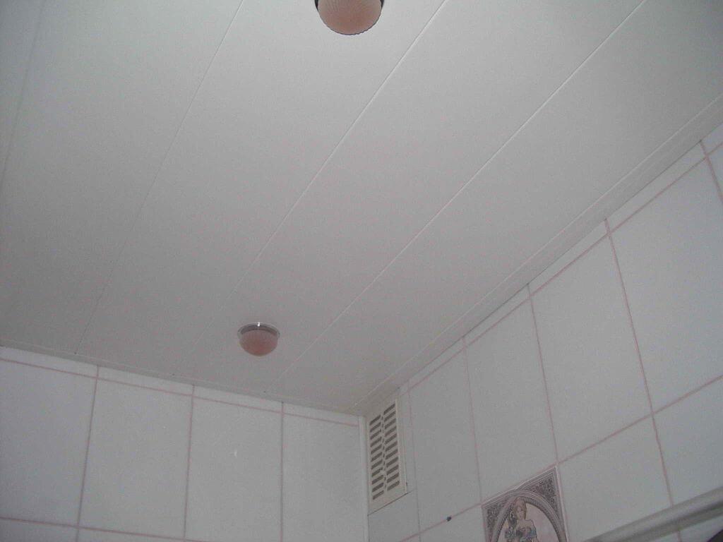Потолки своими руками из пластиковых панелей