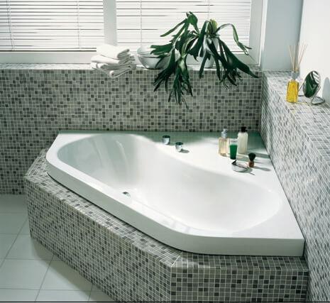 Угловая ванна из стали