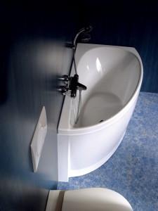 Маленькая ванна угловая