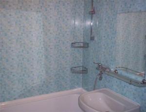 Отделка ванной комнаты на даче панелями ПВХ