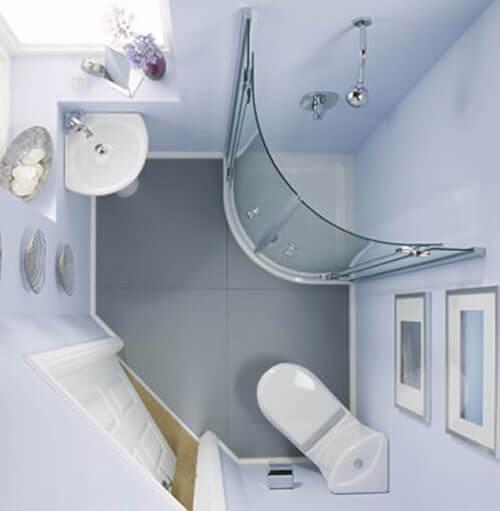 Угловая сантехника в ванной комнате