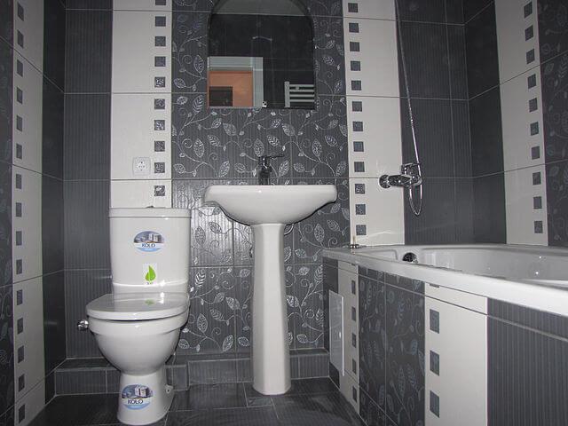 Пример оформления ванной комнаты плиткой